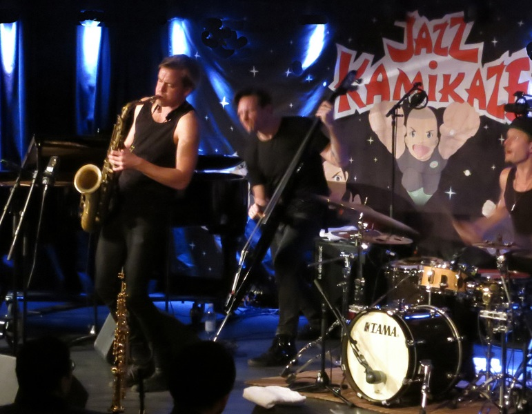 jk-jazzkamikaze